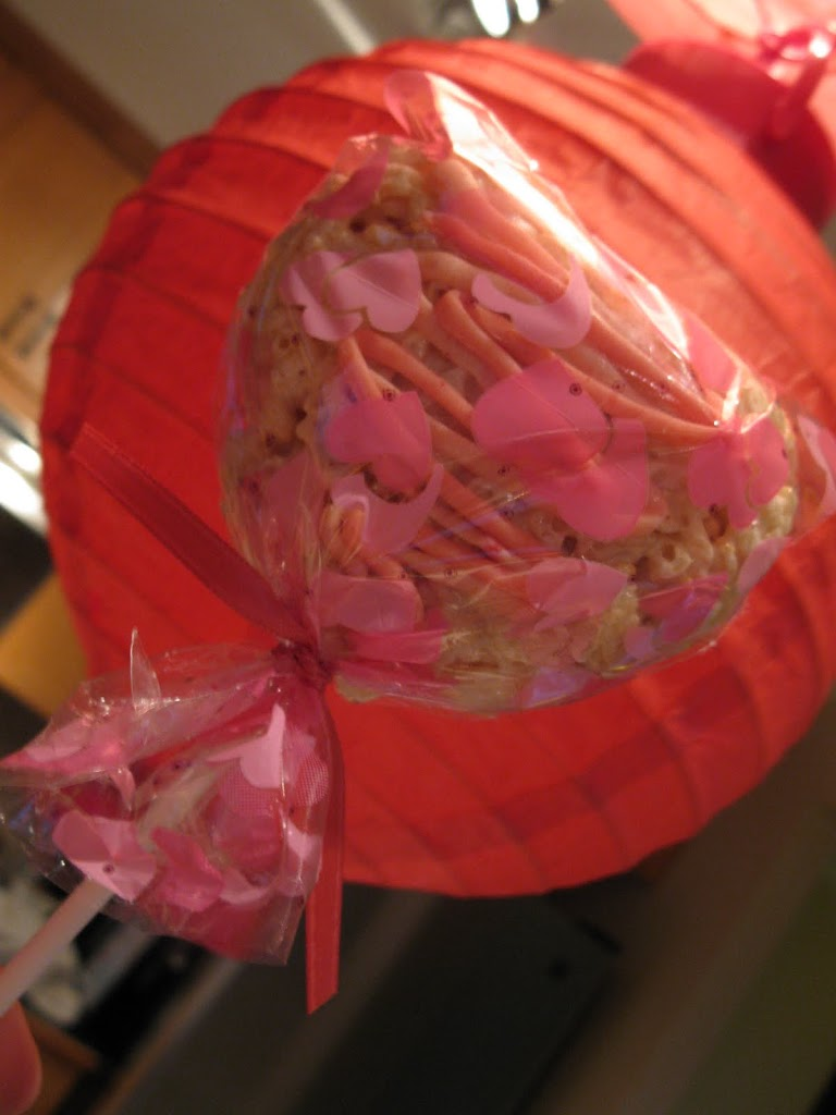 Tutorial – Valentine Rice Krispies