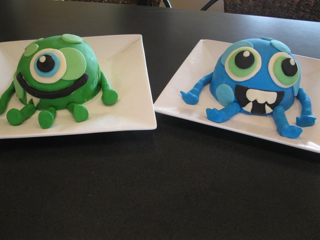 Monster Bash Week ~ Monster Cakes