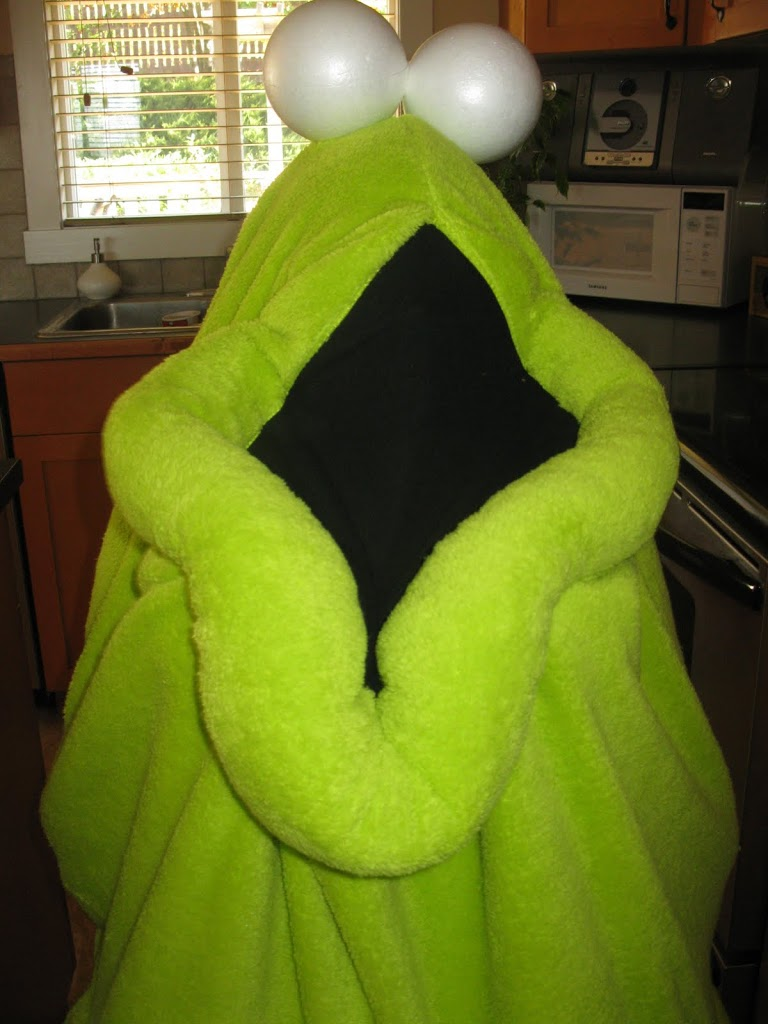 Yip Yip Costumes {and FREE pattern}