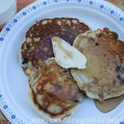 camping-pancakes-01