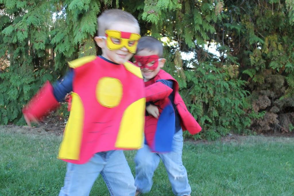 No Sew SUPER HERO COSTUMES Tutorial