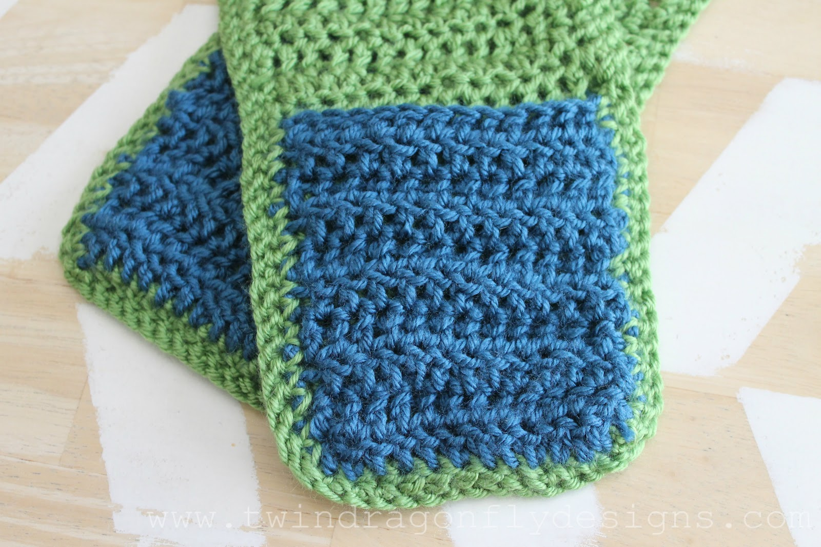 Crochet Hooded Scarf Pattern » Dragonfly Designs