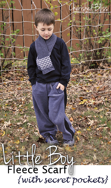 Little Boy Fleece Scarf {with Secret Pockets} // via cherishedbliss.com #scarf