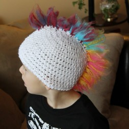 Rainbow-Crochet-Hat-3-