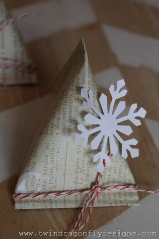 Sour Cream Container Advent Place Setting (1)