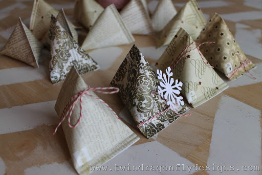 Sour Cream Container Advent Place Setting (10)