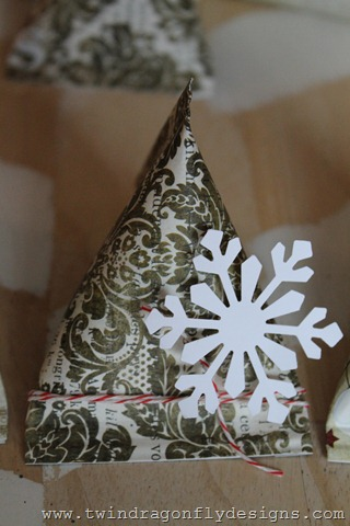 Sour Cream Container Advent Place Setting (15)
