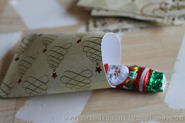 Sour Cream Container Advent Place Setting (7)