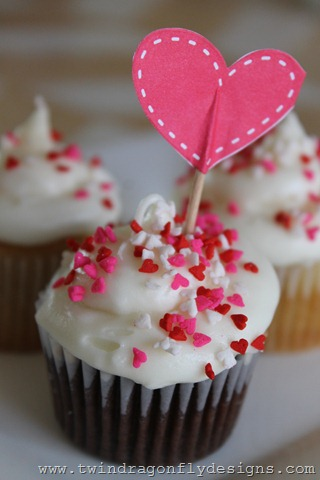 Valentine's Day Cupcakes with Marshmallow Fluff Filling