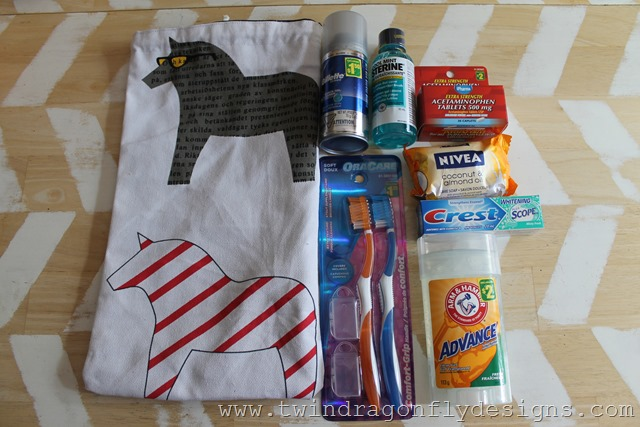 Camping Toiletries Bag (17)