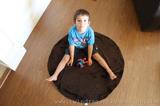 Play Mat Bag Tutorial