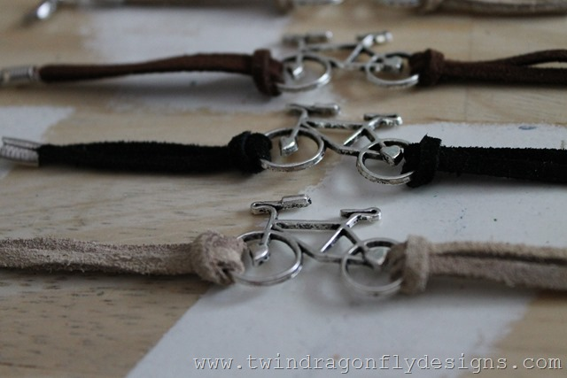Bike Bracelet Tutorial (10)