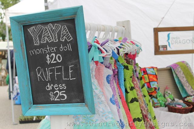 Craft Fair and Market Tips ~ DIY Clothing Rack