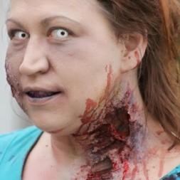Zombie-252520Walk-252520-25252898-252529_thumb-25255B1-25255D