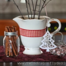 DIY Holiday Kitchen Vignette