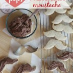 Valentine-Moustache-Cookie-Pops_thumb