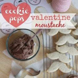 Valentine Moustache Cookie Pops