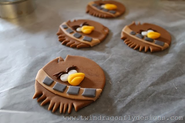 Angry Bird Star Wars Fondant Cupcake Toppers (15)
