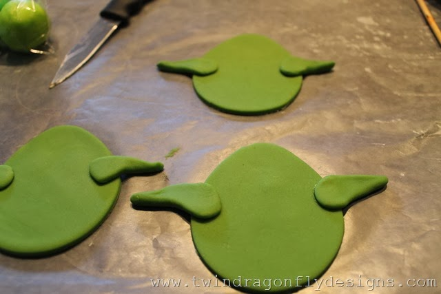 Angry Bird Star Wars Fondant Cupcake Tutorial
