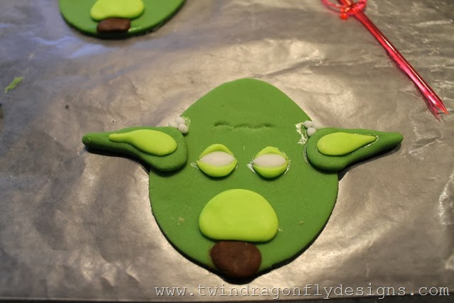 Angry Bird Star Wars Fondant Cupcake Toppers (21)