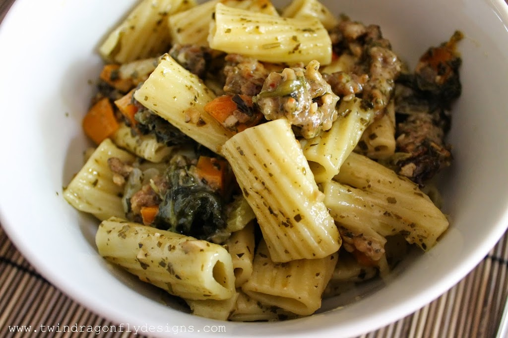 Crock Pot Sausage Pesto Pasta Recipe