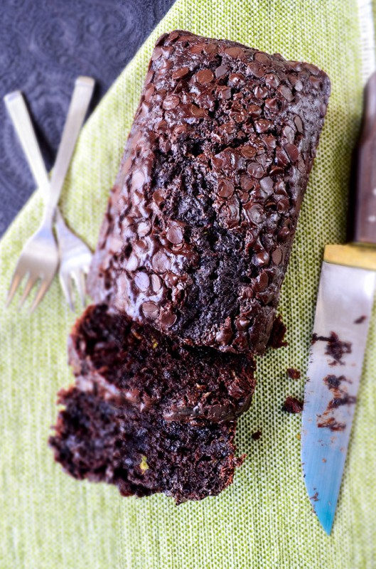 Chocolate-and-Yogurt-Zucchini-Bread-2