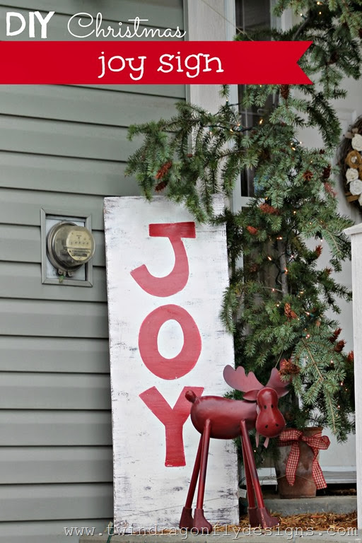 DIY Christmas Joy Sign