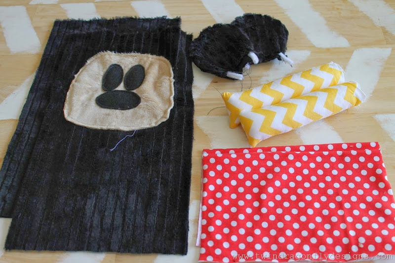 Mickey Mouse Inspired Plush (11)_thumb
