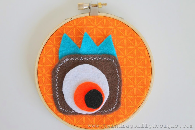 Monster Embroidery Hoop (19)_thumb[1]