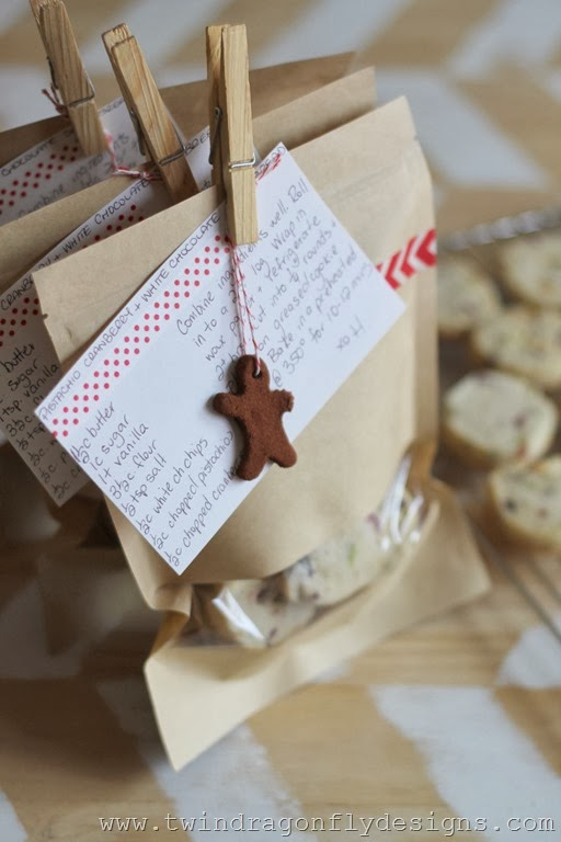Pistachio, Cranberry & White Chocolate Shortbread Recipe