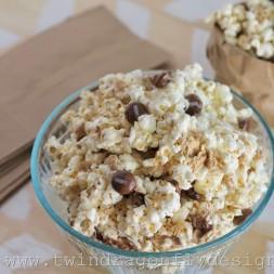 Smores Popcorn Recipe (6)_thumb[1]