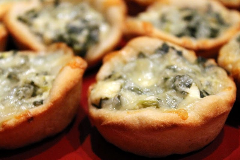 Spinach Dip Mini Bread Bowls