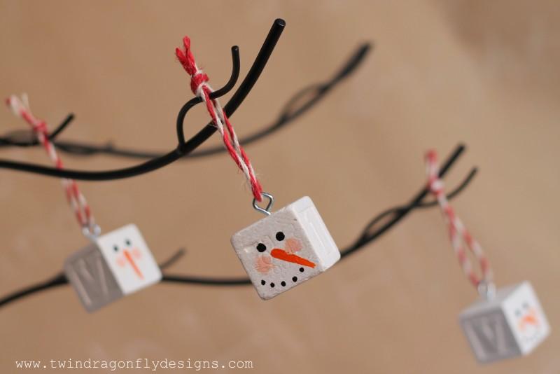 Alphabet Block Snowman Ornament-014