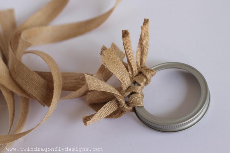 Mason Jar Lid Wreath-013