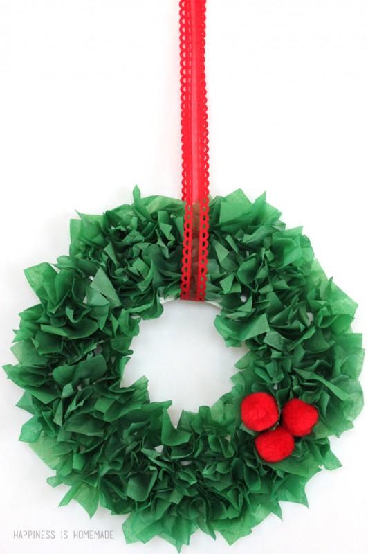 Kids-Christmas-Craft-Tissue-Paper-Wreath