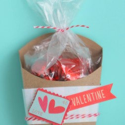 Valentine Fry Container