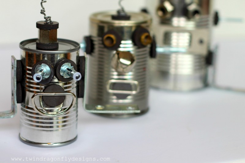 DIY Tin Can Robot