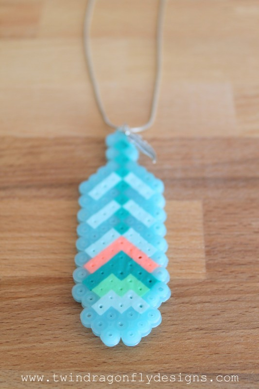 Perler Bead Feather Necklace-006