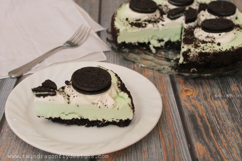 Mint Oreo No Bake Cheesecake-003