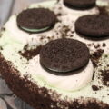 Mint Oreo No Bake Cheesecake