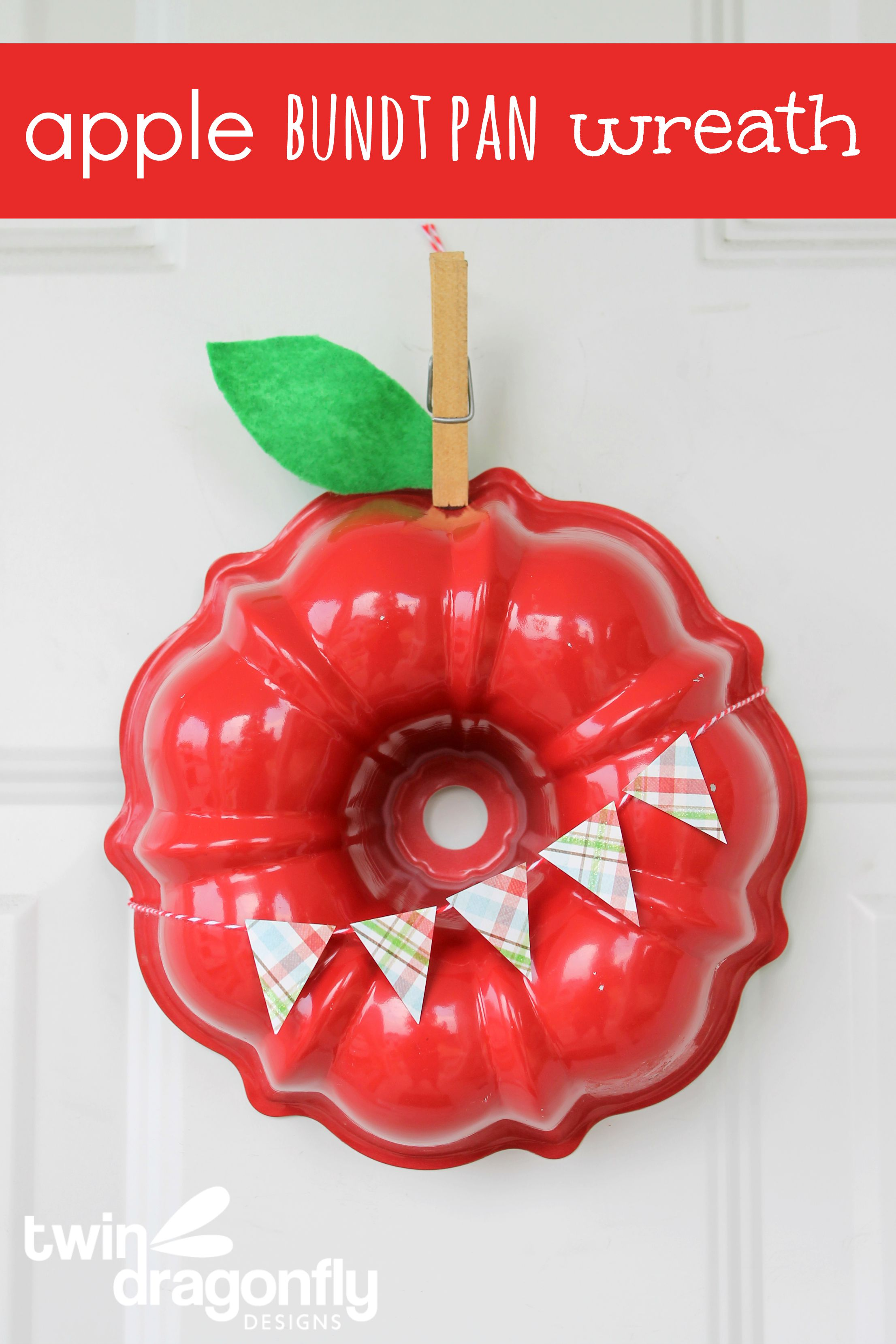 Apple Bundt Pan Wreath