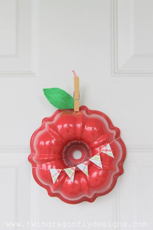 Apple Wreath-005
