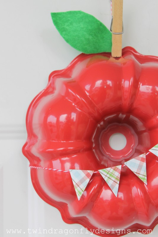 Apple Wreath-010