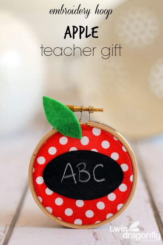Embroidery Hoop Apple