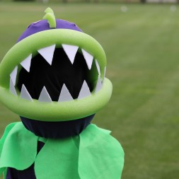 Plants vs Zombies Chomper Zombie Costume DIY Tutorial-032