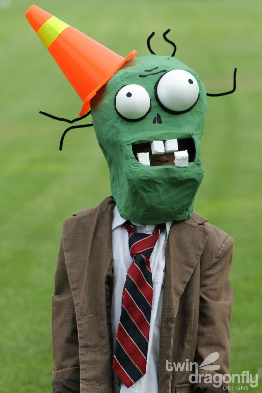 Plants vs Zombies Chomper Zombie Costume DIY Tutorial-034