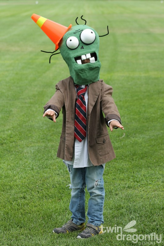 Plants vs Zombies Chomper Zombie Costume DIY Tutorial-038