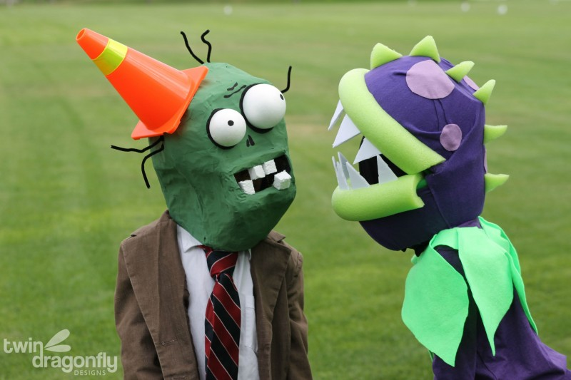 Plants vs Zombies Chomper Zombie Costume DIY Tutorial-043