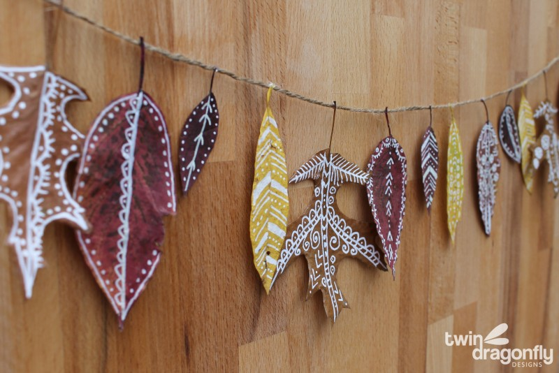 Painted Leaf Fall Garland