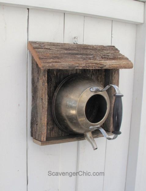 Teakettle-birdhouse-with-reclaimed-wood-007